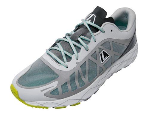 Merk sepatu lari kuat