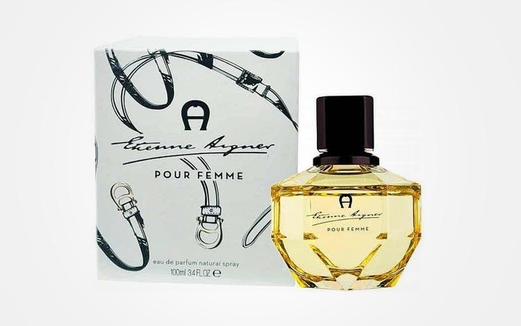 Merk parfum wanita bagus dan tahan lama